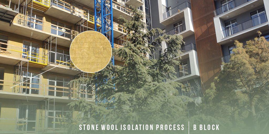 Facade insulation with stone wool